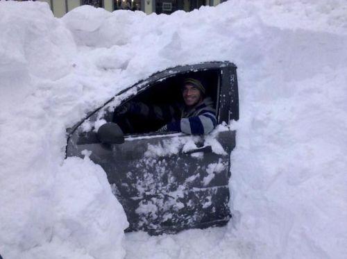 много сняг